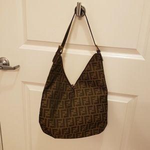 FENDI logo bag in great condition 100 % authentic